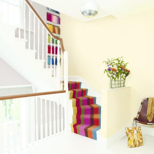 färgglad matta i trappa